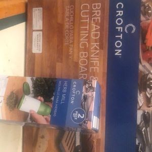 Croft on Bread &Knife cutting board and Herb Mill